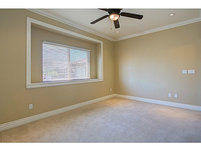 Photo 6: 4483 PERRY Street in Vancouver: Knight House for sale (Vancouver East)  : MLS(r) # V1020994