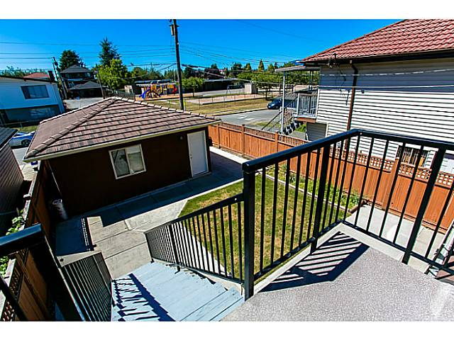 Photo 17: 4483 PERRY Street in Vancouver: Knight House for sale (Vancouver East)  : MLS(r) # V1020994