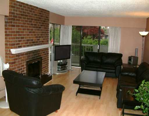 Main Photo: 201 1515 CHESTERFIELD AV, North Vancouver in North Vancouver: Central Lonsdale Condo for sale : MLS®# V593187