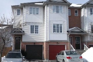 Main Photo: 42 Yorkville St in Nepean: Central Park Residential Attached for sale (5304)  : MLS(r) # 900539