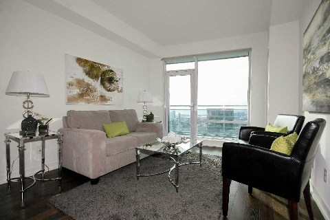 Photo 6: 21 Widmer St Unit #3912 in Toronto: Waterfront Communities C1 Condo for sale (Toronto C01)  : MLS® # C2830410