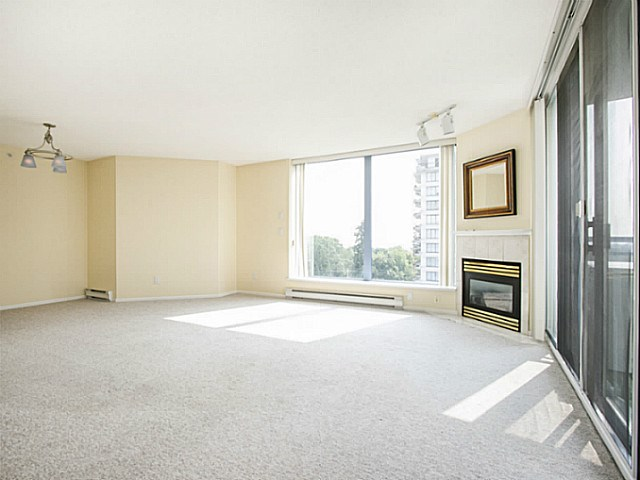 Photo 4: # 906 739 PRINCESS ST in New Westminster: Uptown NW Condo for sale : MLS® # V1133888