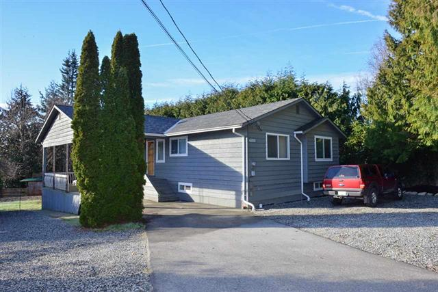 Main Photo: 6185 Norwest Bay Road in Sunshine Coast: Sechelt District House for sale : MLS® # R2033244
