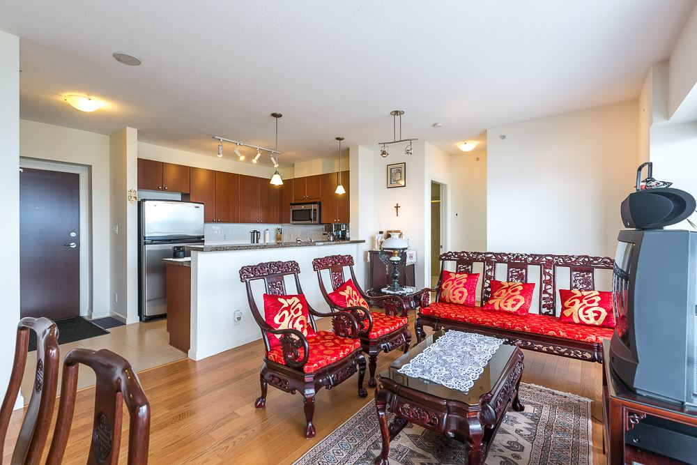 Photo 5: 1104 15 E ROYAL AVENUE in New Westminster: Fraserview NW Condo for sale : MLS® # R2099500
