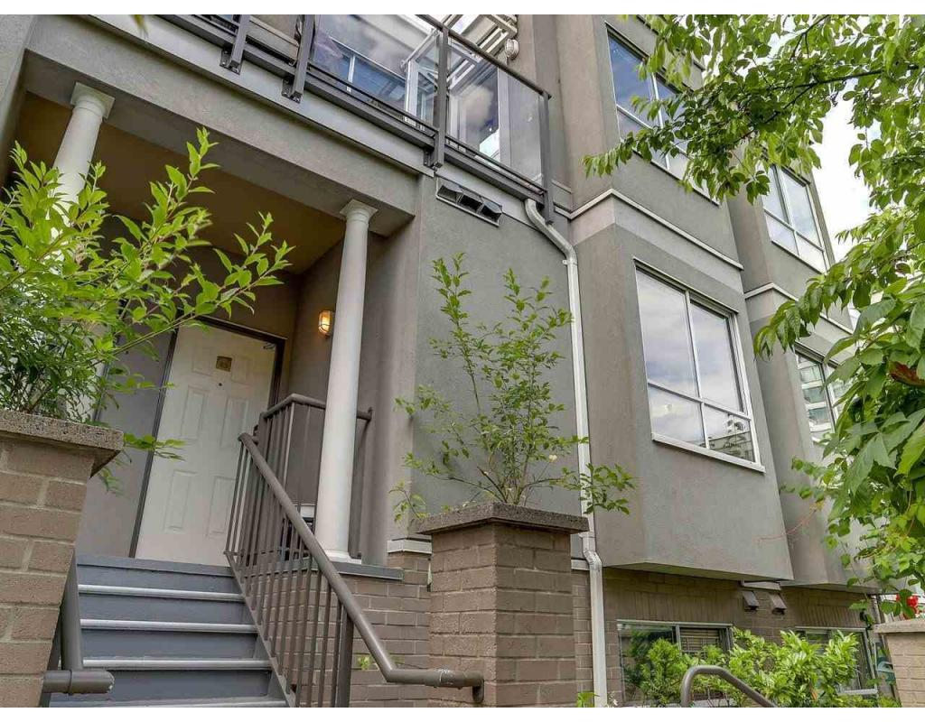 Main Photo: 43 1385 West 7th Avenue in Vancouver: Fairview VW Townhouse for sale (Vancouver West)  : MLS®# R2282643