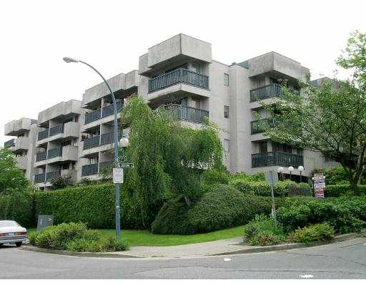 "Main Photo: 411 2142 CAROLINA ST in Vancouver: Mount Pleasant VE Condo for sale in ""WOODALE"" (Vancouver East)  : MLS® # V593788"