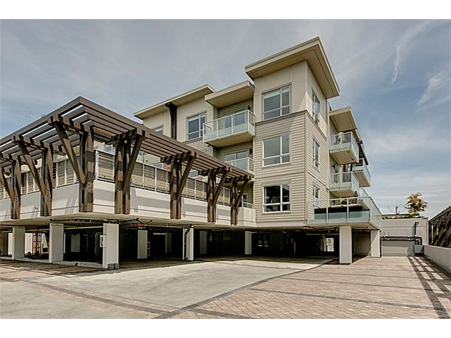 Photo 2: 311 6011 NO 1 Road in Richmond: Terra Nova Condo for sale : MLS(r) # V1082253