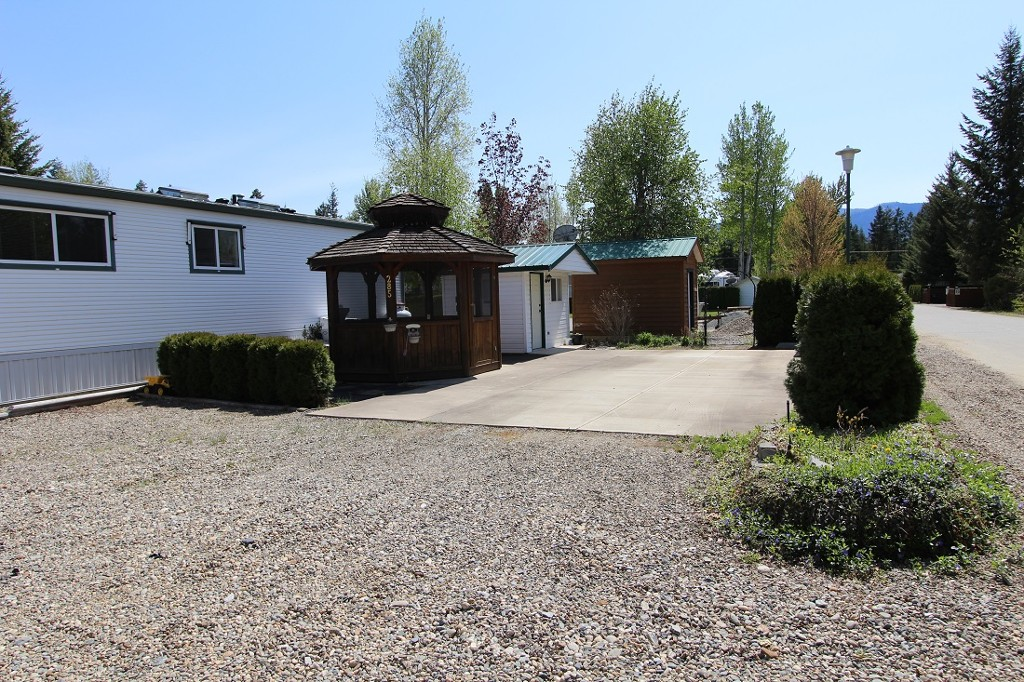 Main Photo: 285 3980 Squilax Anglemont Road in Scotch Creek: North Shuswap Recreational for sale (Shuswap)  : MLS® # 10096773