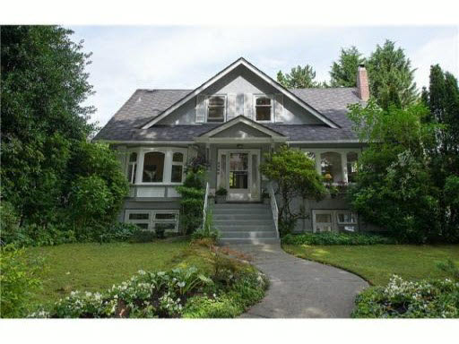 Main Photo: 2405 W 14 Street in Vancouver: Kitsilano House for sale (Vancouver West)  : MLS® # v1092774