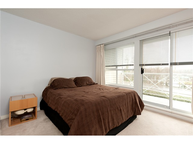 "Photo 6: 330 528 ROCHESTER Avenue in Coquitlam: Coquitlam West Condo for sale in ""THE AVE"" : MLS(r) # V939097"