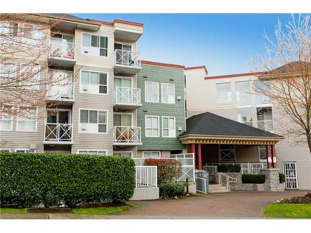 "Main Photo: 330 528 ROCHESTER Avenue in Coquitlam: Coquitlam West Condo for sale in ""THE AVE"" : MLS® # V939097"