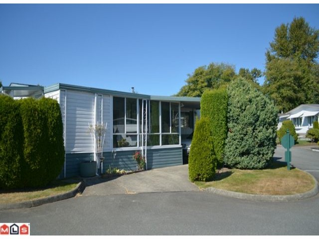 "Photo 2: 64 1640 162ND Street in Surrey: King George Corridor Manufactured Home for sale in ""CHERRY BROOK PARK"" (South Surrey White Rock)  : MLS(r) # F1223930"