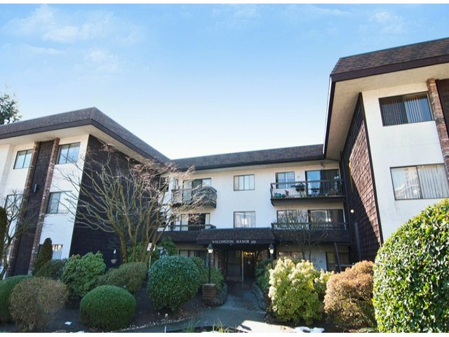 Main Photo: # 205 175 E 5TH ST in North Vancouver: Lower Lonsdale Condo for sale : MLS(r) # V1049597