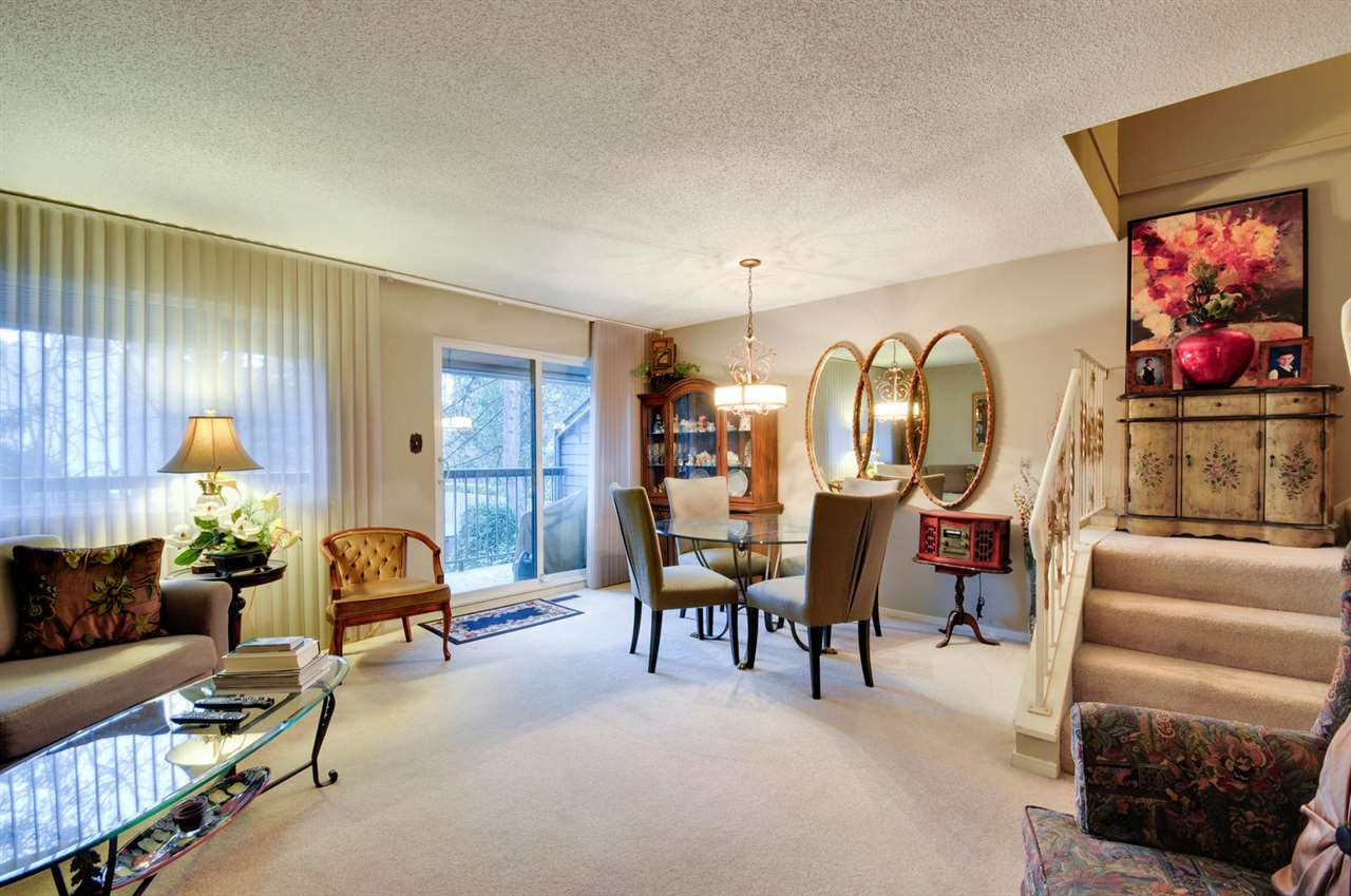 Photo 7: 7358 CAPISTRANO DRIVE in Burnaby: Montecito Townhouse for sale (Burnaby North)  : MLS® # R2024241