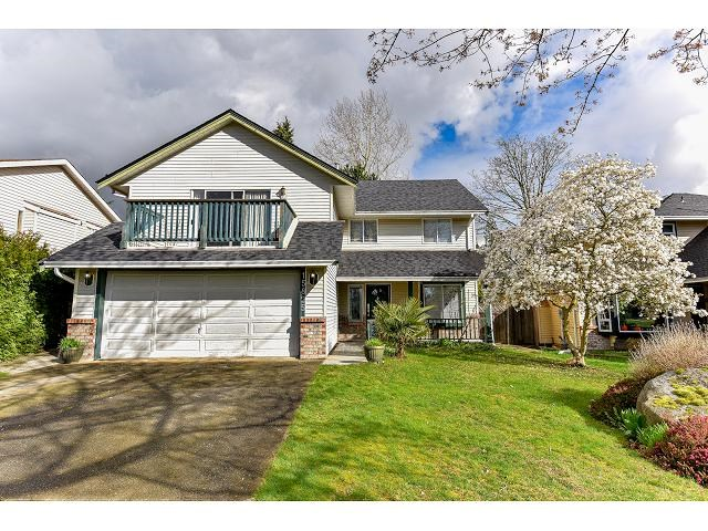 Main Photo: 15825 97A AVENUE in Surrey: Guildford House for sale (North Surrey)  : MLS® # R2047825