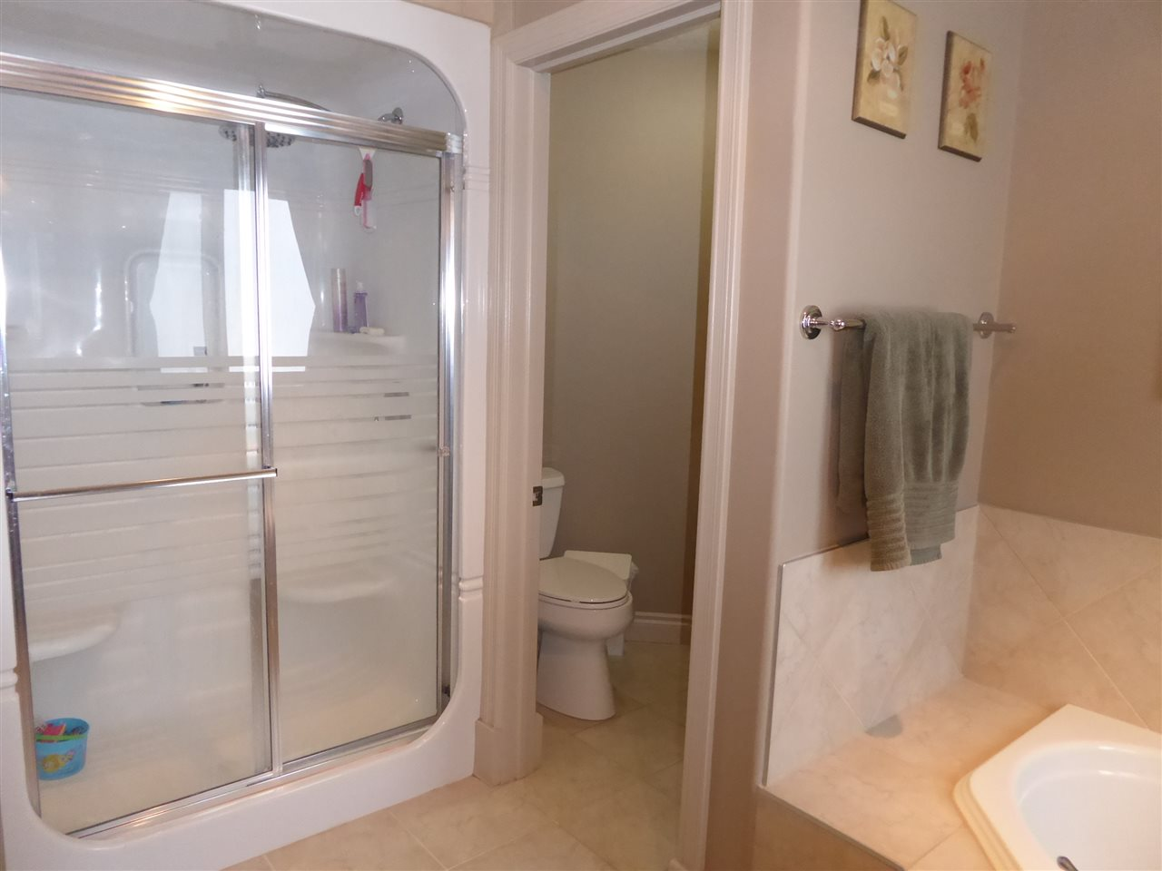 Ensuite Bathroom Edmonton 934 hope wy nw in edmonton: zone 58 house for sale : mls® # e4041259