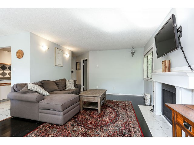 Photo 5: # 101 9584 MANCHESTER DR in Burnaby: Cariboo Condo for sale (Burnaby North)  : MLS(r) # V1137047