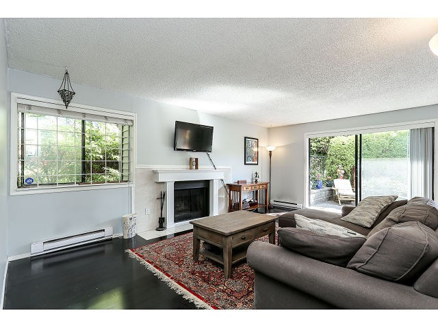 Photo 3: # 101 9584 MANCHESTER DR in Burnaby: Cariboo Condo for sale (Burnaby North)  : MLS(r) # V1137047