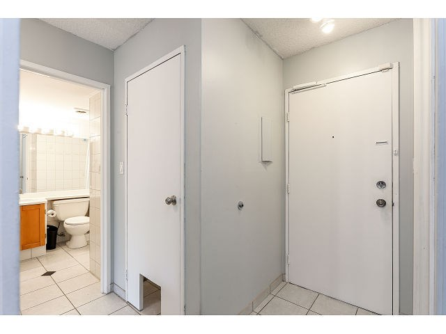 Photo 14: # 101 9584 MANCHESTER DR in Burnaby: Cariboo Condo for sale (Burnaby North)  : MLS(r) # V1137047