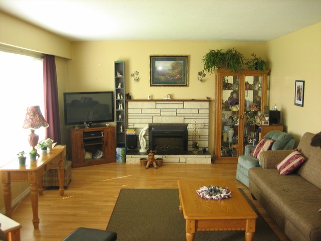 Photo 2: 45411 BERNARD AV in Chilliwack: Chilliwack W Young-Well House for sale : MLS® # H1301165