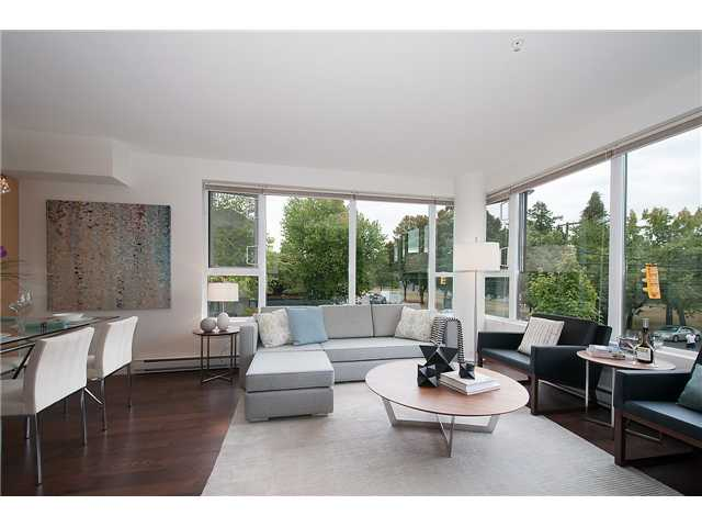 Main Photo: 201-1961 COLLINGWOOD ST in Vancouver: Kitsilano Townhouse for sale (Vancouver West)  : MLS® # V1082515