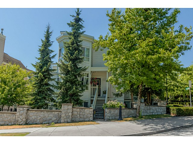 Main Photo: 7401 MAGNOLIA TE in Burnaby: Highgate Townhouse for sale (Burnaby South)  : MLS® # V1131731