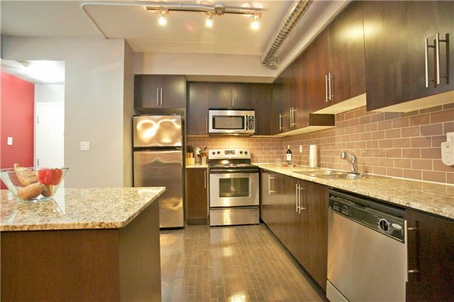 Photo 16: 1100 Lansdowne Ave Unit #A11 in Toronto: Dovercourt-Wallace Emerson-Junction Condo for sale (Toronto W02)  : MLS(r) # W3548595