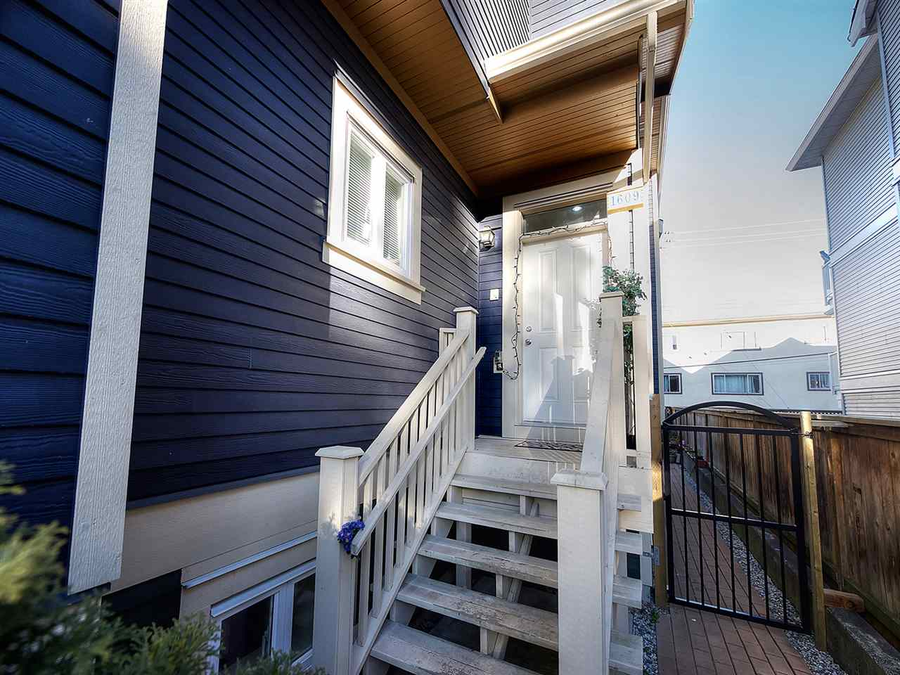 Main Photo: 1609 FRANCES STREET in Vancouver: Hastings House 1/2 Duplex for sale (Vancouver East)  : MLS® # R2131404