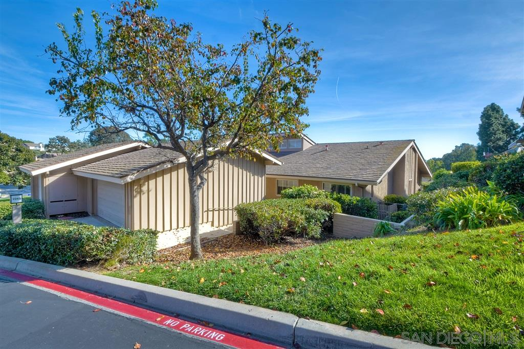 FEATURED LISTING: 2245 Caminito Loreta La Jolla