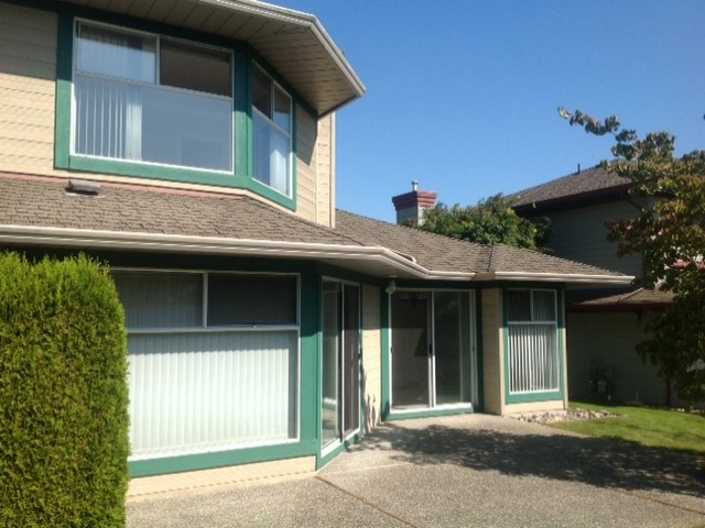 "Photo 13: 124 16080 82ND Avenue in Surrey: Fleetwood Tynehead Townhouse for sale in ""Ponderosa Estates"" : MLS® # F1321774"