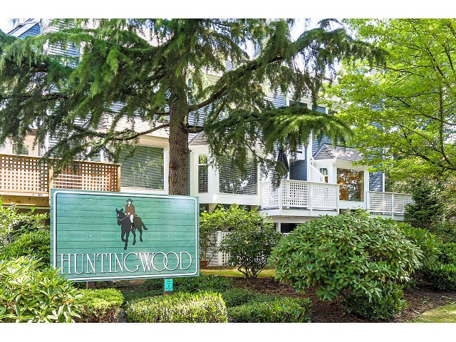 Main Photo: 3124 BEAGLE CT in Vancouver: Champlain Heights Townhouse for sale (Vancouver East)  : MLS(r) # V1128772