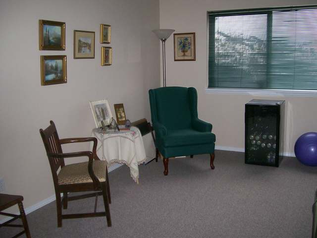 Photo 8: 1950 BRAEVIEW PLACE in Kamloops: Aberdeen Residential Attached for sale : MLS® # 107905