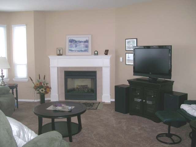 Photo 3: 1950 BRAEVIEW PLACE in Kamloops: Aberdeen Residential Attached for sale : MLS® # 107905