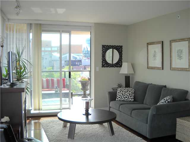 Main Photo: 702 1483 W 7TH Avenue in Vancouver: Fairview VW Condo for sale (Vancouver West)  : MLS® # V942175