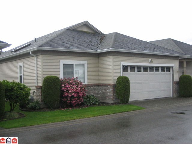 "Main Photo: 132 8485 YOUNG Road in Chilliwack: Chilliwack W Young-Well Townhouse for sale in ""HAZELWOOD GROVE"" : MLS® # H1202220"