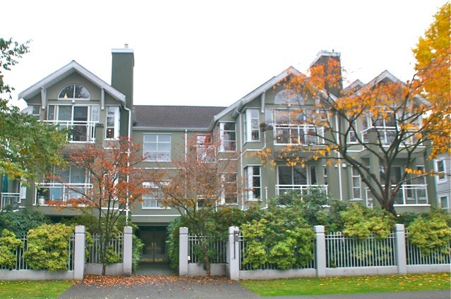 "Main Photo: # 204 838 W 14TH AV in Vancouver: Fairview VW Condo for sale in ""BEDFORD PLACE"" (Vancouver West)  : MLS(r) # V978840"