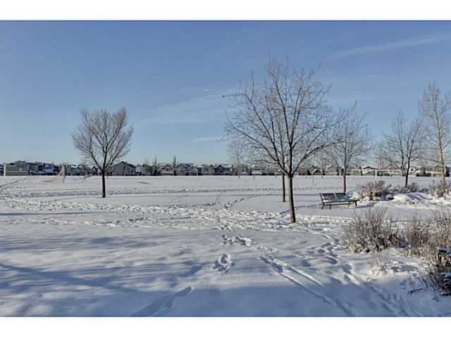 Main Photo: 59 COUGARSTONE Way SW in CALGARY: Cougar Ridge Residential Detached Single Family for sale (Calgary)  : MLS(r) # C3549730