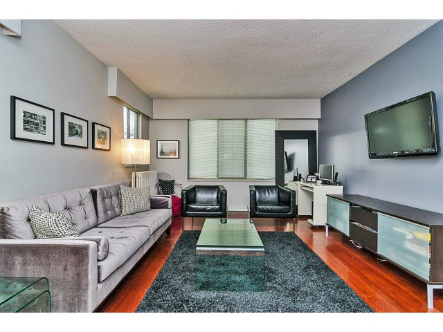 "Main Photo: # 202 1004 WOLFE AV in Vancouver: Shaughnessy Condo for sale in ""THE ALVARADO"" (Vancouver West)  : MLS® # V1000226"