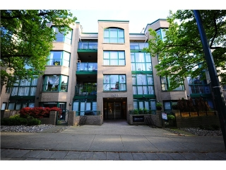 Main Photo: 304 2130 W 12TH Avenue in Vancouver: Kitsilano Condo for sale in &quot;KITSILANO&quot; (Vancouver West)  : MLS(r) # V1004098