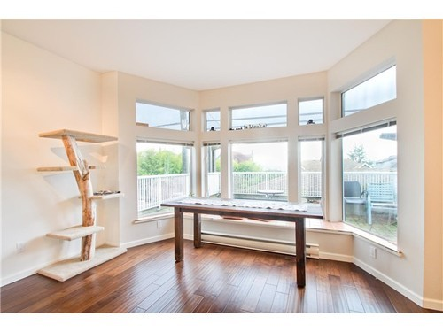 Photo 5: 5 233 6TH Street E in North Vancouver: Lower Lonsdale Home for sale ()  : MLS(r) # V937748