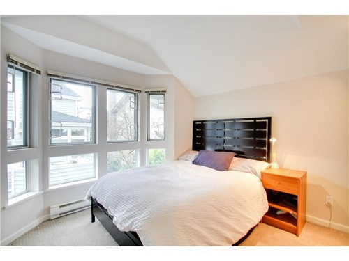 Photo 7: 5 233 6TH Street E in North Vancouver: Lower Lonsdale Home for sale ()  : MLS(r) # V937748