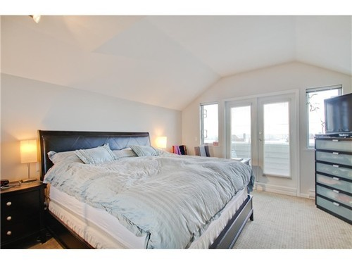 Photo 6: 5 233 6TH Street E in North Vancouver: Lower Lonsdale Home for sale ()  : MLS(r) # V937748