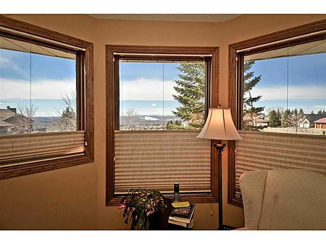Photo 10: 291 EDENWOLD Drive NW in CALGARY: Edgemont Residential Detached Single Family for sale (Calgary)  : MLS® # C3626993