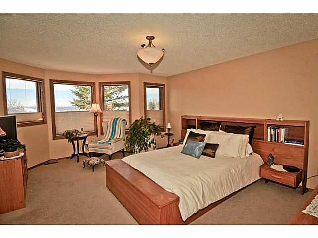 Photo 9: 291 EDENWOLD Drive NW in CALGARY: Edgemont Residential Detached Single Family for sale (Calgary)  : MLS® # C3626993