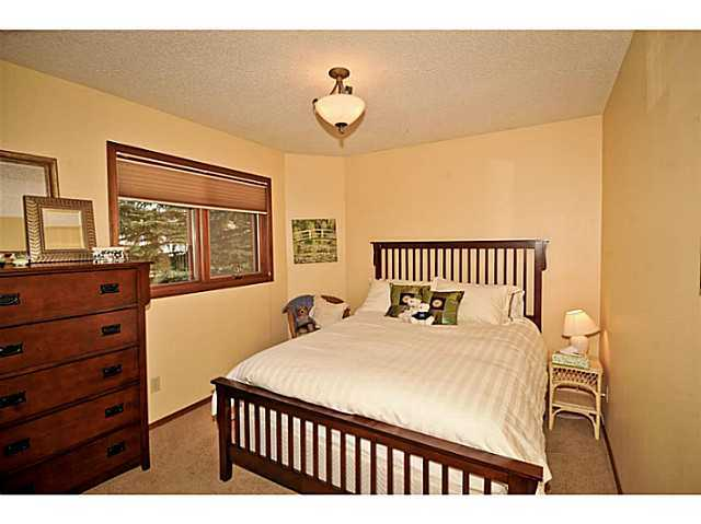 Photo 13: 291 EDENWOLD Drive NW in CALGARY: Edgemont Residential Detached Single Family for sale (Calgary)  : MLS® # C3626993
