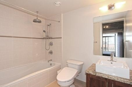 Photo 3: 64 Niagara St Unit #421 in Toronto: Niagara Condo for sale (Toronto C01)  : MLS(r) # C3073321