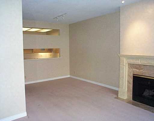 "Photo 4: 123 3769 W 7TH AV in Vancouver: Point Grey Condo for sale in ""MAYFAIR HOUSE"" (Vancouver West)  : MLS(r) # V610219"