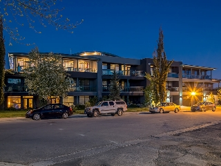 Main Photo: 306 4108 Stanley Road SW in Calgary: Parkhill_Stanley Prk Condo for sale : MLS®# c4012466