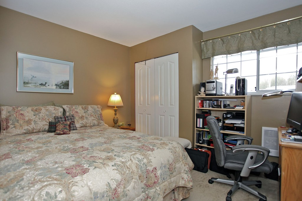 "Photo 15: 55 34959 OLD CLAYBURN Road in Abbotsford: Abbotsford East Townhouse for sale in ""Crown Point Villas"" : MLS® # F1305184"