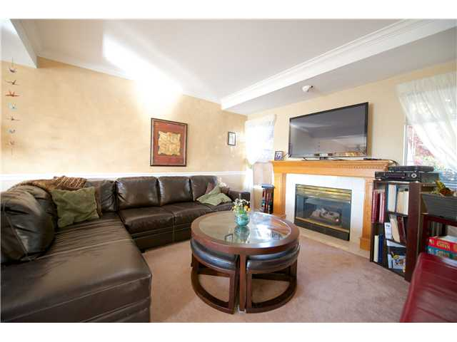 Photo 5: 1252 COUTTS Place in Port Coquitlam: Citadel PQ House 1/2 Duplex for sale : MLS® # V1004147